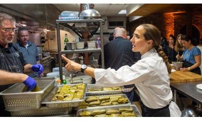Provechito entrega 2,500 platillos de chefs en medio de la pandemia