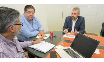 Alfredo Ramírez presenta iniciativa de Ley de Gobierno Digital al ClusterTIM Morelia